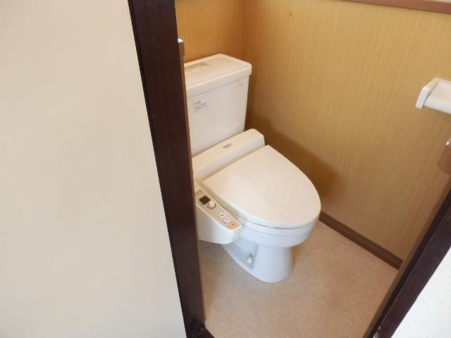 小滝アパート 3号室のトイレ