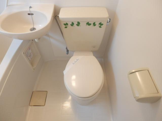 ミミハウス 202号室のトイレ