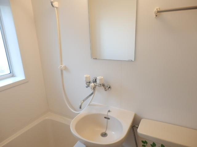 ミミハウス 202号室の洗面所
