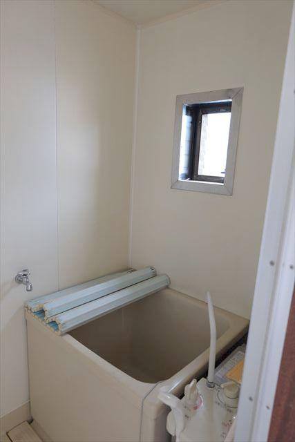 1822ハイツMEIWA 202号室の風呂