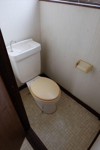 1822ハイツMEIWA 202号室のトイレ