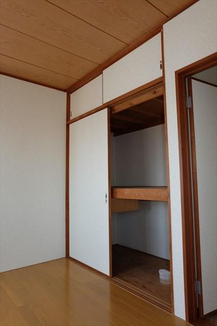 レジデンス暁 203号室の収納