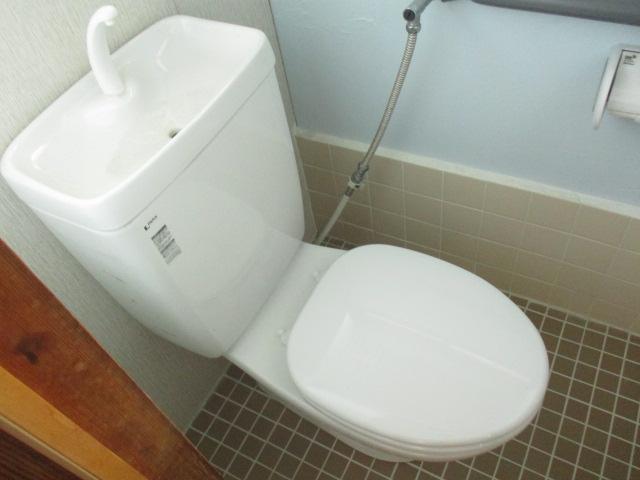柿沼貸家のトイレ