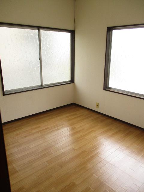 柿沼貸家の居室