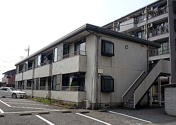 ラプラス平松C 101号室の外観