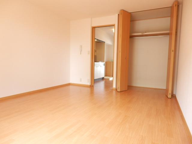 メゾン平松ラ・フォンテーヌⅠ 102号室のベッドルーム