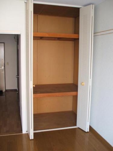 サンライフタシロ 103号室の収納