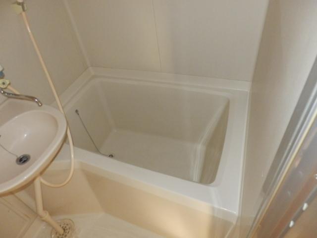 メゾンドココ 308号室の風呂