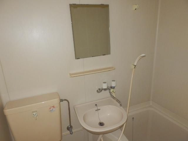 メゾンドココ 308号室の洗面所
