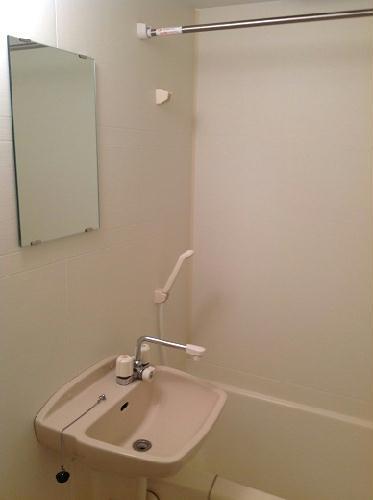 レオパレスTwin Leaf 202号室の風呂