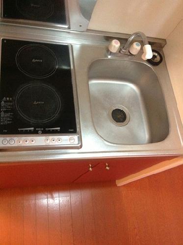 レオパレスTwin Leaf 202号室のキッチン