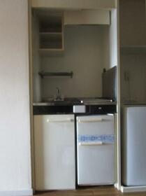宇都宮第11レジデンス 202号室のキッチン