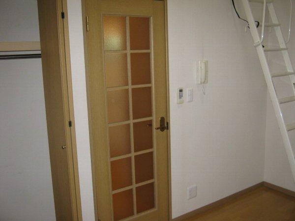 ブルーベルWEST 107号室のリビング