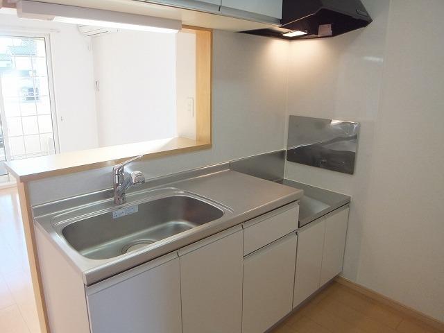 サンパテーク Ⅰ 01010号室のキッチン