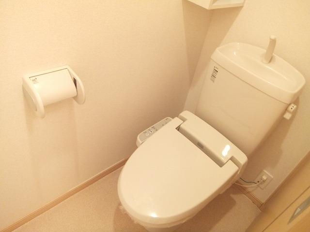 サンパテーク Ⅰ 01010号室のトイレ