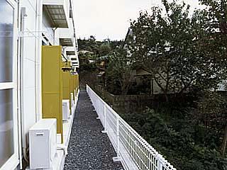 レオパレスNoah 104号室の駐車場