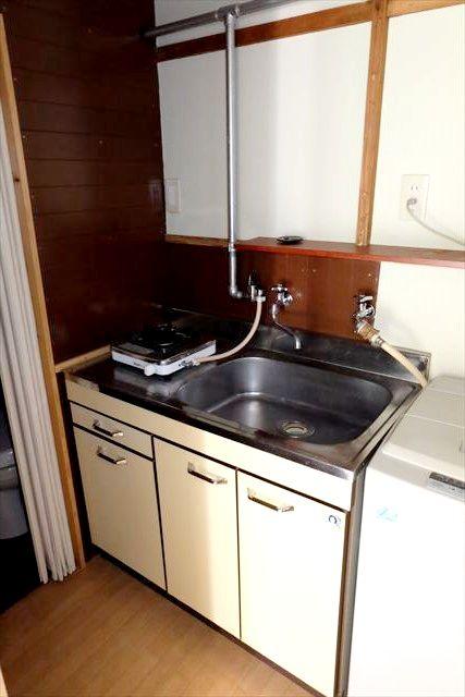 睦荘 5号室のキッチン