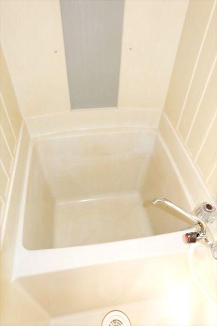 睦荘 5号室の風呂