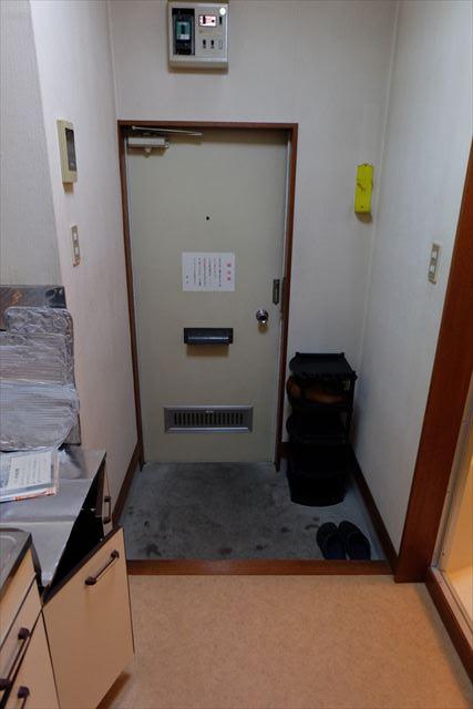 シティーペンション片柳 202号室の玄関