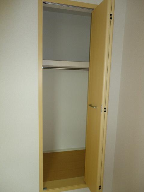エル・ヴィータ B 02010号室の収納