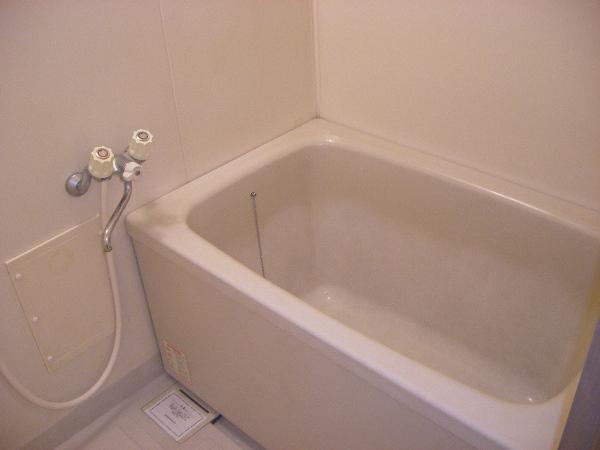 ライフサークルパート9 02010号室の風呂