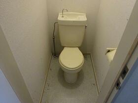 雀宮レジデンス 102号室のトイレ