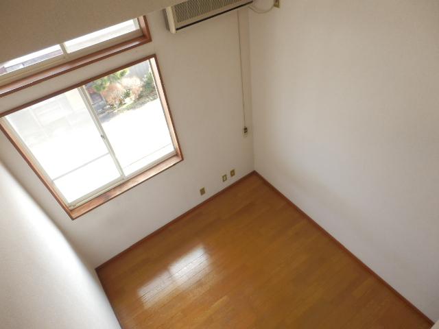 プラザ・ドゥ・ベルタ 205号室の景色