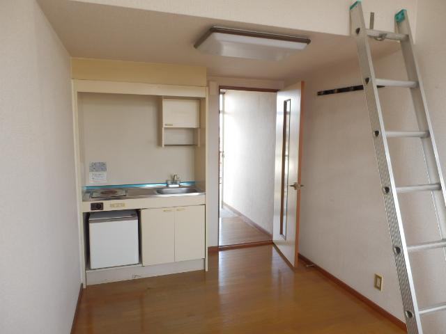 プラザ・ドゥ・ベルタ 205号室のベッドルーム