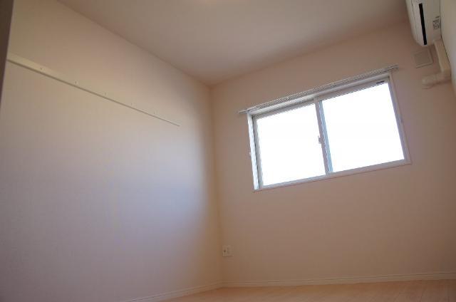 リバーサイドヴィラⅡ 201号室のベッドルーム