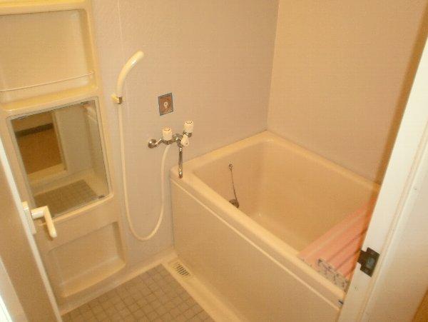エクセレンス今泉 702号室の風呂