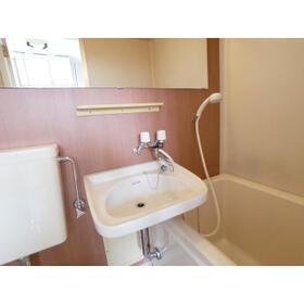 メゾンドールMINE 103号室の洗面所