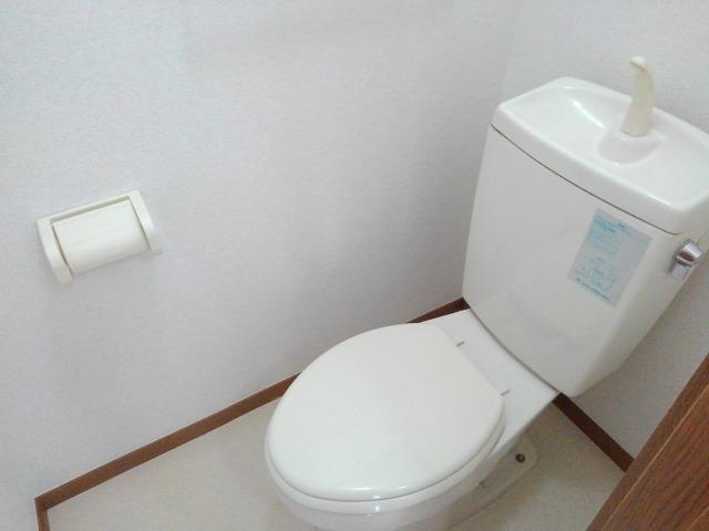 ヴィラ星の宮 02030号室のトイレ