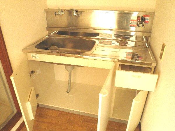 エバマンマンション 401号室のキッチン