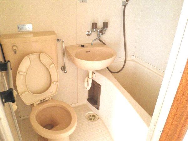 エバマンマンション 401号室の風呂