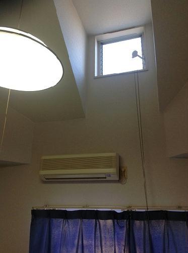レオパレス西川田第1 203号室のリビング