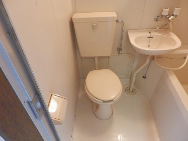 メゾンドココ 202号室のトイレ