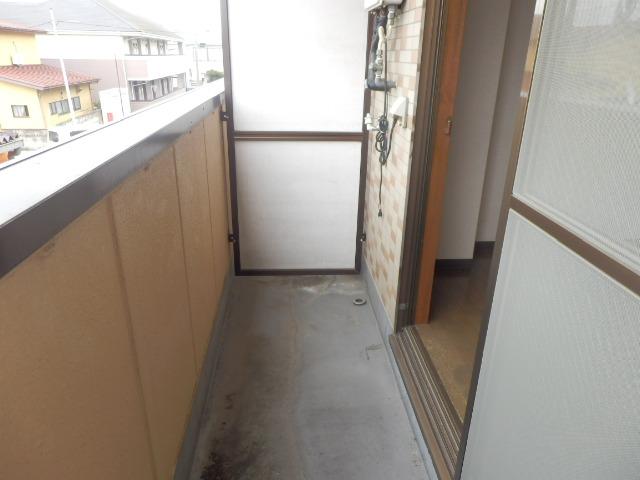 グランドォール宇都宮Ⅱ 202号室のバルコニー
