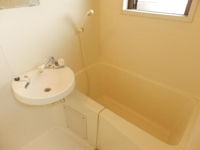グランドォール宇都宮Ⅱ 202号室の風呂