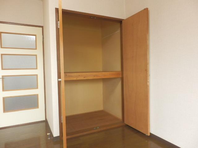 グランドォール宇都宮Ⅱ 202号室の収納