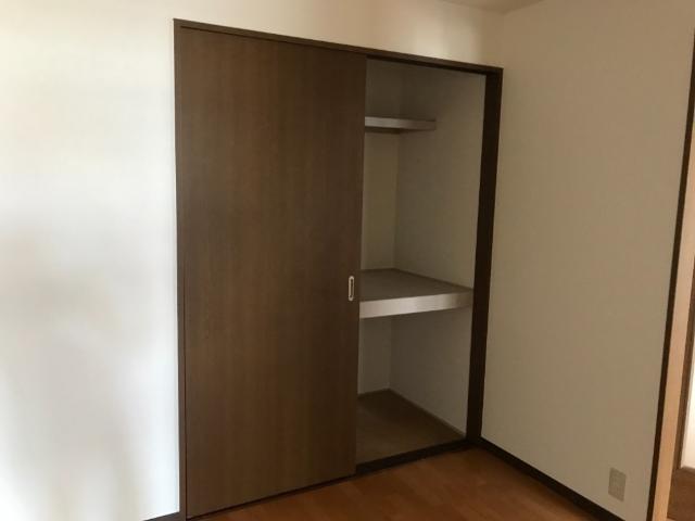 ヴァンベールⅠ 102号室の収納