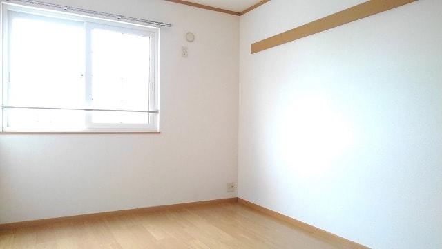 ライフサークルパート13 02010号室の居室