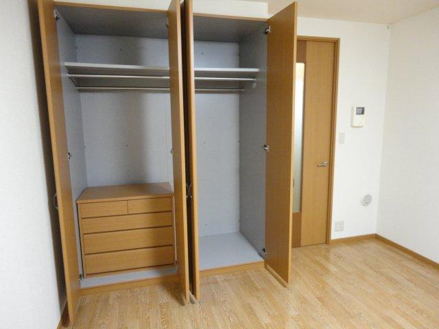 メゾン・ドゥ・ナミA 205号室の収納
