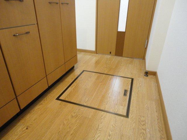 メゾン・ドゥ・ナミA 205号室のその他
