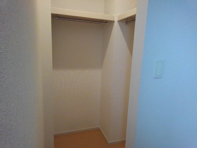 エヌエスアール 01010号室の収納