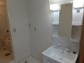 コーポ光 101号室の洗面所