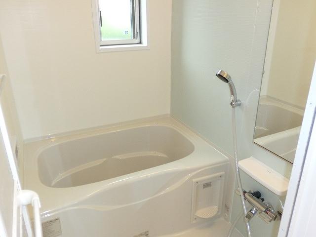 グリーンガーデンV 01010号室の風呂