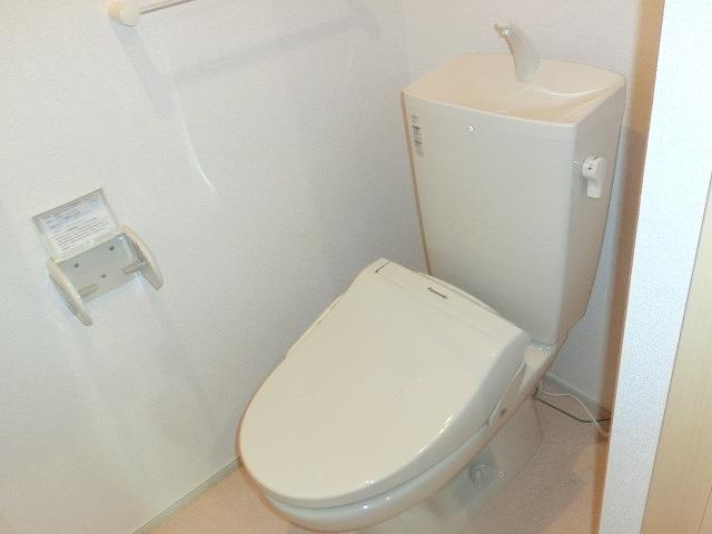 グリーンガーデンV 01010号室のトイレ