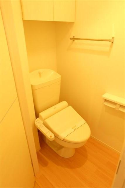 フォレスター 105号室のトイレ