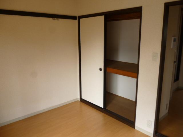ハイツセイフA 101号室の収納