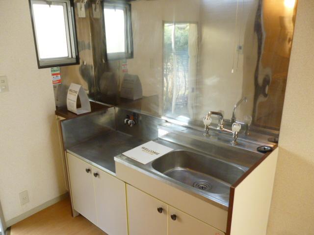 ハイツセイフA 101号室のキッチン